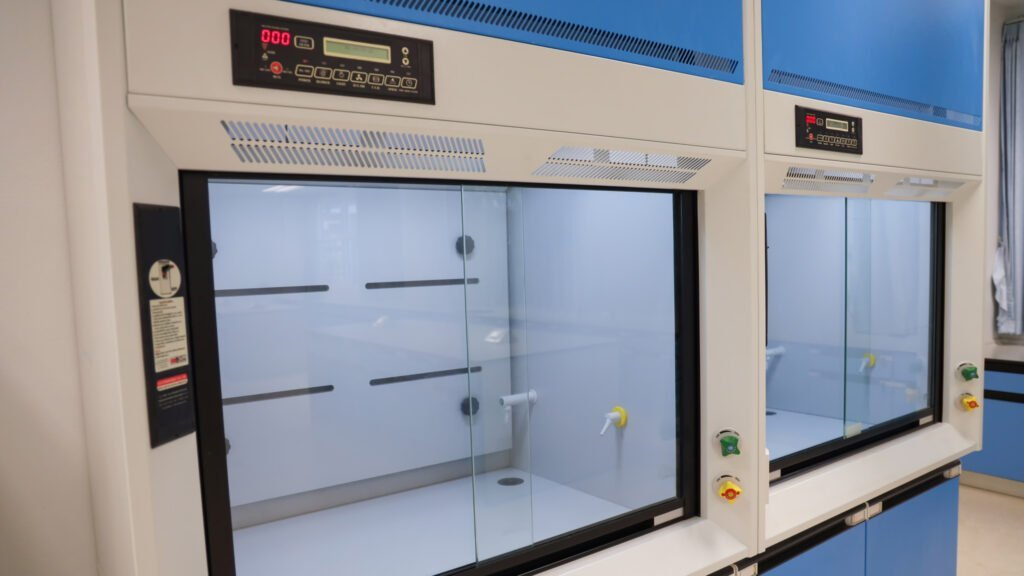 Cleanroom Management International - Equipment Validation